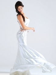 laura torrisi instagram in abito da sposa