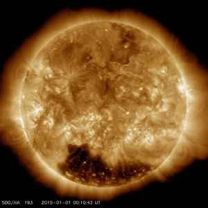 Sole foro coronale polo sud spazio