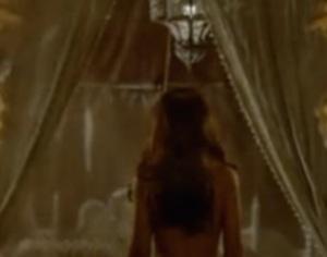 megan montaner nuda nell'ultima puntata di senza identità