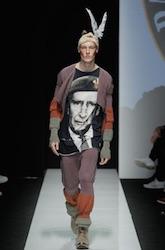 vivienne westwood moda uomo maglietta con il principe carlo