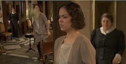 aurora jacinta infuriata spacca un vaso e rosario la vede il segreto video telenovela