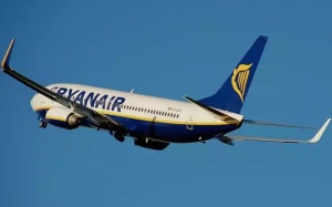 ryanair voli offerte low cost secondo bagaglio a mano gratis pisa