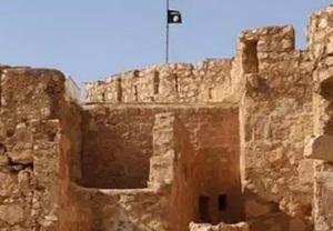 L'Isis a Baghdad la bandiera nera sventola su Palmira