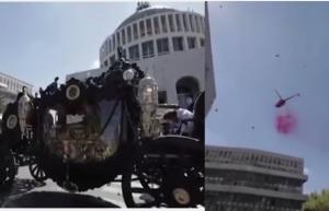 immagini funerali casamonica roma boss mafia come il padrino carrozza lancio di petali elicottero