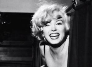 marilyn monroe morte  frasi  photo  misure  biografia filmografia  film altezza e peso