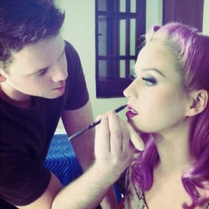 jake bailey make up artist katy perry selena gomez morto suicidio