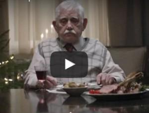 spot tedesco di natale commuovente nonno solo