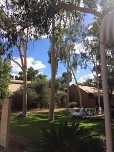 resort ad urulu australia dester garden