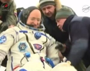 Video dell'arrivo di Scott Kelly sulla Terra dopo 12 mesi nello spazio