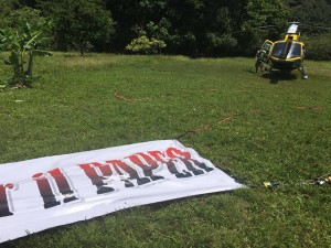 elicottero per marco carta sull isola dei famosi dai fans