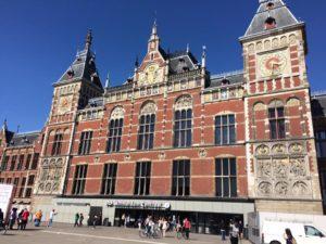 stazione centrale amsterdam