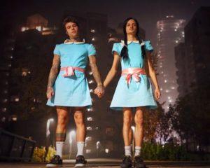 fedez-e-rovazzi-costume-di-halloween-2016-le-gemelline-di-shaning