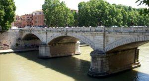 ponte-mazzini-roma-chiuso-deviati-i-bus-crepa-post-terremto-inagibile