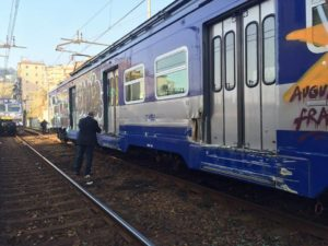 cumana-treno-deragliato