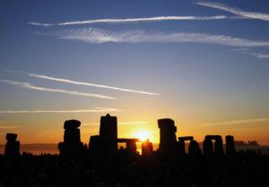 solstizio-d-inverno-rituali-magici-esoterici-significato-massoneria-druidi-vischio