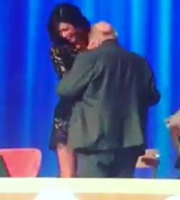 Belen Rodriguez balla con Maurizio Costanzo  Papiglia pubblica il video  spolier su Instagram Momento dance per Maurizio Costanzo che balla con la  showgirl ... bdd11085c5b