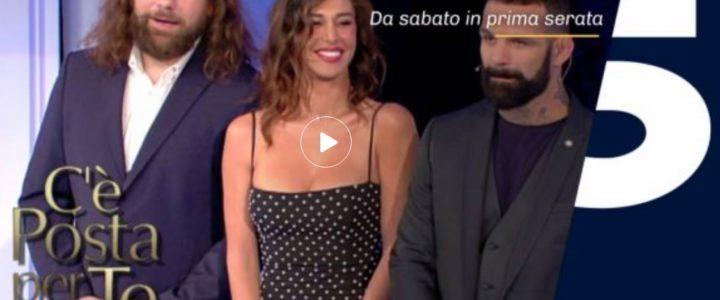 VIDEO – Ospiti di C è Posta per Te puntata del 12 gennaio  Ricky Martin 9e014cc66a0