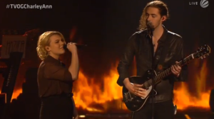 Hozier e Charley Ann Schmutzler finale the voice of germany