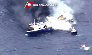 nave in fiamme tra grecia ed italia ultime notizie video youtube