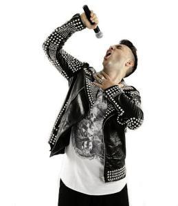 Gaty Vocalist in tour  Italia