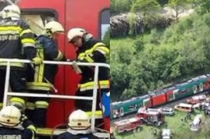 video scontro tra due treni in austria a graz