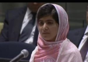 Malala Yousafzai premio nobel per la pace traccia prima prova  tema maturita 2015 chi e wikipedia blog facebook