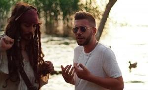 cesco rapper con jack sparrow nel nuovo video a genzano di roma shalla