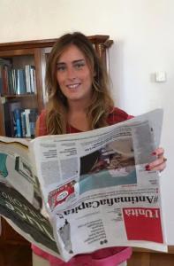 Ministro Maria Elena Boschi legge l unita al contrario gaffe itonia su facebook foto