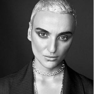 arisa nuovo look nuovo taglio di capelli offese facebook e twitter arisa risponde brutta cesso
