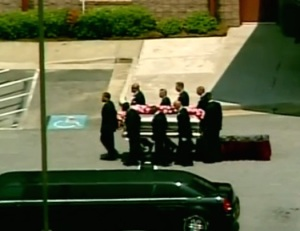 i funerali di bobbi kristina brown video e foto