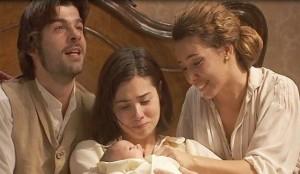 il parto di maria de il segreto maria si salva la bimba sta male ma arriva tula
