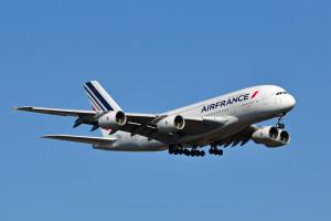 Air_France volo dirottato negli usa allame bomba ultime notizie parigi