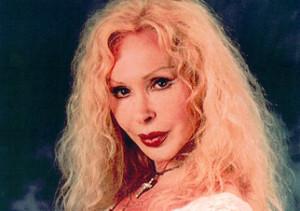 Wanda Fisher Radocchi sosia di Ivana Spagna