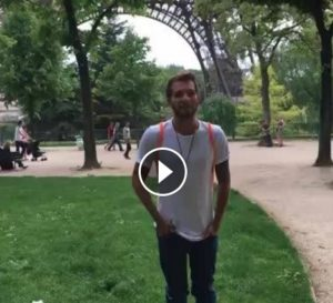 marco carta a parigi video compleanno