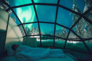 Kakslauttanen Arctic Resort filandia igloo di vetro