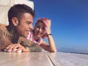 greta menchi con feder nuova fidanzata youtube gossip wikipedia eta chi e capelli rosa